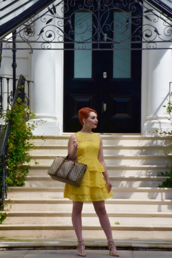 Blogger Alice Cruickshank in yellow lace dress from New Look in Notting Hill
